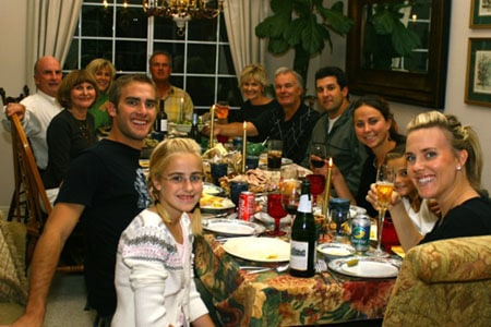 multi-family-dinner